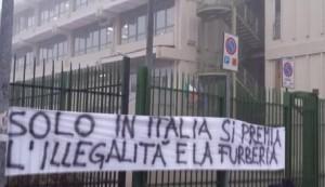 Borsa di studio allo studente sospeso, protestano i compagni