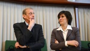 Bilancio, scontro Appendino-Fassino