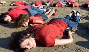 Una maglietta rossa per l'umanità