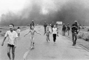 Le immagini che spezzano la storia