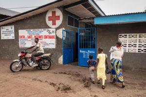 Le epidemie in collisione di COVID-19, Ebola e morbillo nella Repubblica Democratica del Congo