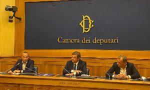 Enrico Costa entra in Azione, primo deputato per il partito di Calenda