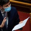 """Covid, il ministro Speranza: """"Vaccinazione, luce in fondo al tunnel"""""""