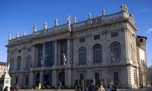 Rinasce la facciata juvarriana di Palazzo Madama