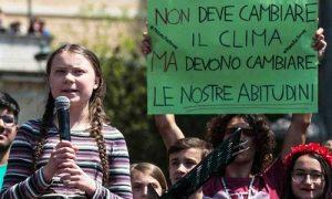 Fridays For Future: una storia di coraggio per salvare l'ambiente